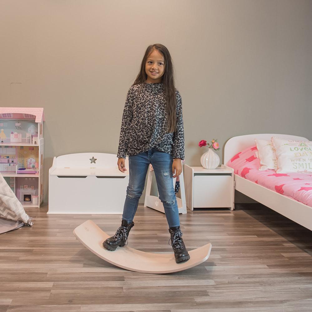 Fayenne is 6 jaar en 1.17 m lang.