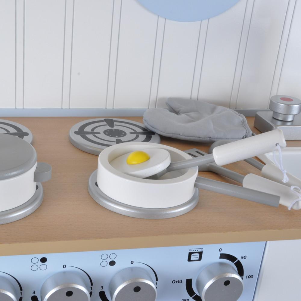 Geschikt voor houten en kunststof keukentjes.