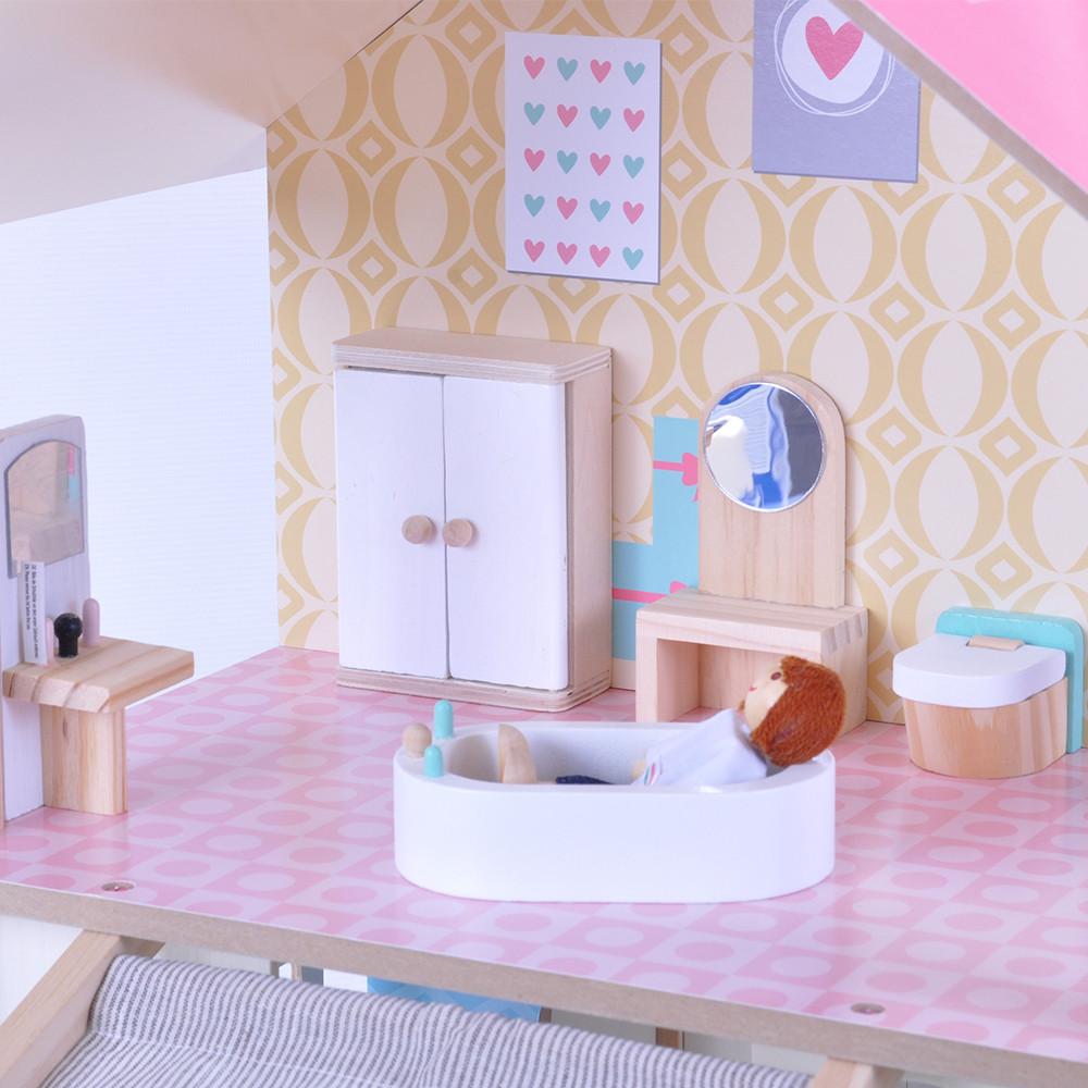Gemeubileerde badkamer.